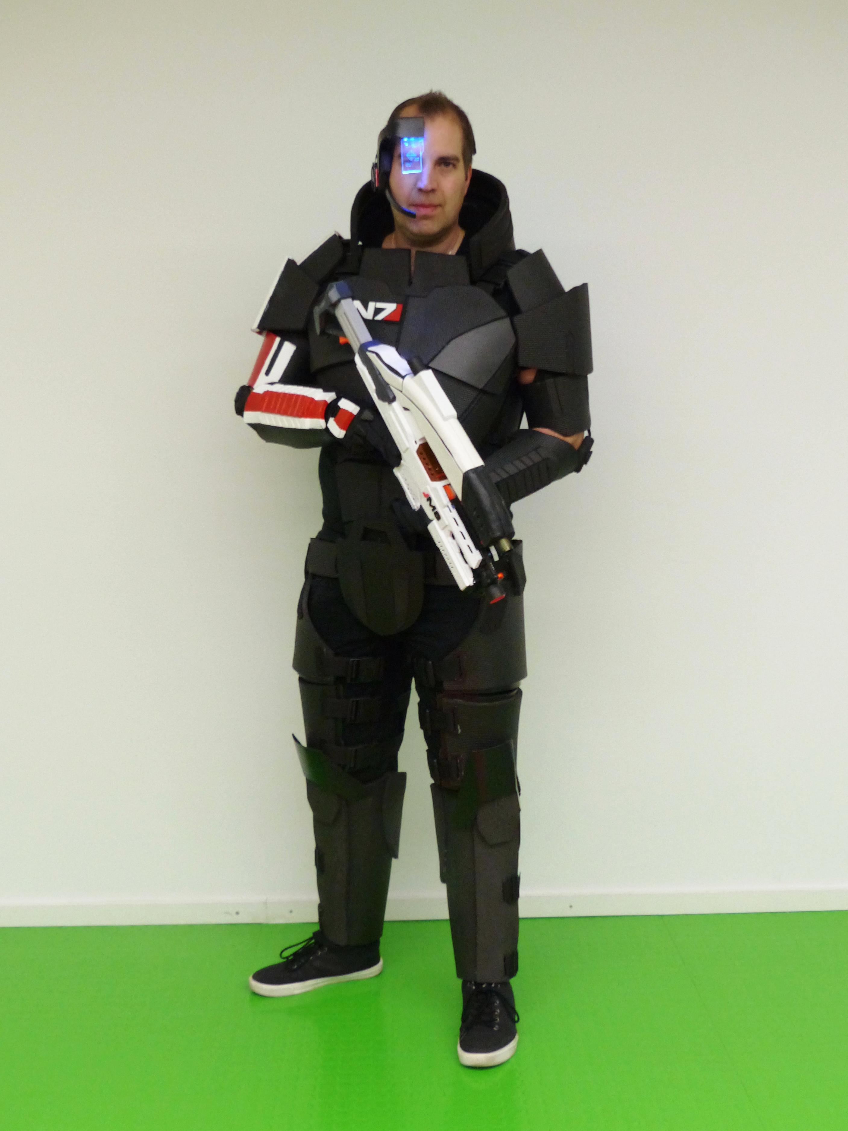 Frank als Commander John Shepard aus Mass Effect